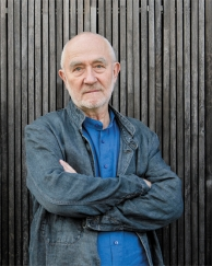 Simplicity, Modesty and Power in Architecture of Peter Zumthor