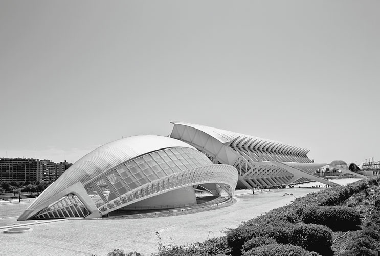 a biography of santiago calatrava a spanish architect artist and engineer